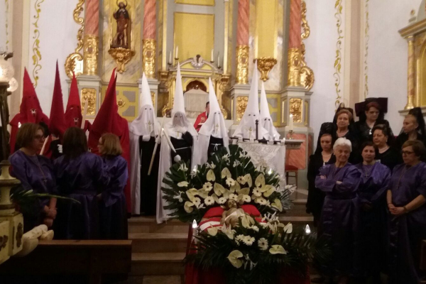 procesion-del-santo-entierro-5C4DB0DD1-3E43-3DCA-DEFB-36AC103521C6.jpeg
